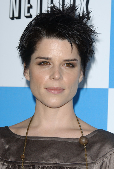 Neve Campbell Spiked Hair []
