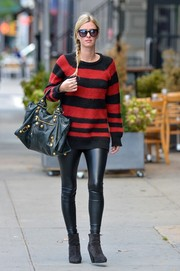 Nicky Hilton balanced out her baggy top with super-tight black leather pants.