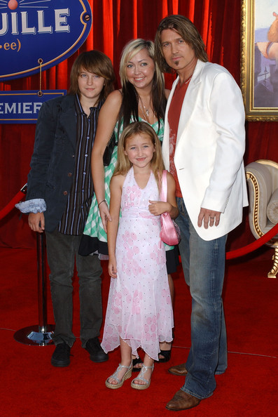 Noah Cyrus Halter Dress [ratatouille world premiere,carpet,red carpet,event,flooring,premiere,carpet,noah cyrus,red carpet,ratatouille,ratatouille .kodak theatre,dolby theatre,hollywood,premiere,world premiere,noah cyrus,premiere,ratatouille,dolby theatre,billy ray cyrus,red carpet]