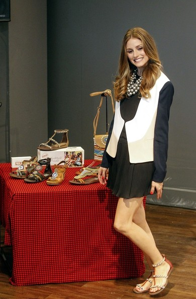 More Pics of Olivia Palermo Long Wavy Cut (1 of 15) - Olivia Palermo Lookbook - StyleBistro