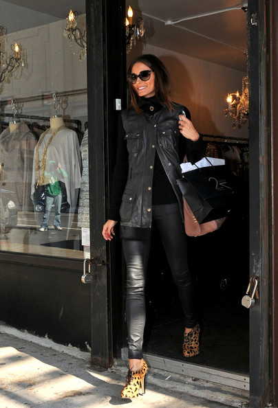 More Pics of Olivia Palermo Ankle Boots (1 of 10) - Olivia Palermo Lookbook - StyleBistro