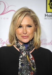 Kathy Hilton sported a fab shoulder-length layered cut at the launch of her daughter's beauty line.