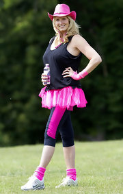 Penny Lancaster wore a black tank top for the Pink Ribbon Walk.