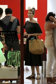Stephanie Seymour's flat sandals looked perfectly comfy for a day of shopping.