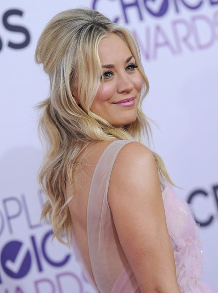 More Pics of Kaley Cuoco Cocktail Dress (1 of 6) - Kaley Cuoco Lookbook - StyleBistro