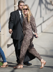 Piper Perabo headed to 'Kimmel' looking comfy in a loose printed jumpsuit.
