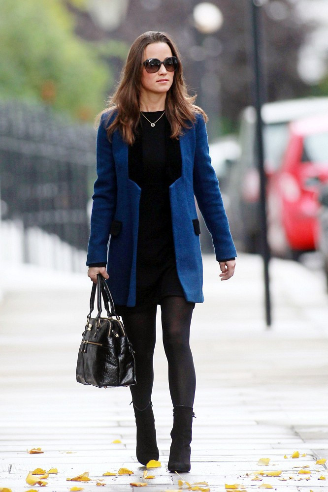 Pippa Middleton Looked Posh In Chelsea Toting A Glossy Black Version Of Her Favorite Modalu Tote