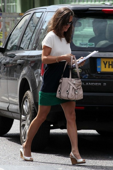 More Pics of Pippa Middleton Leather Shoulder Bag (1 of 18) - Pippa Middleton Lookbook - StyleBistro