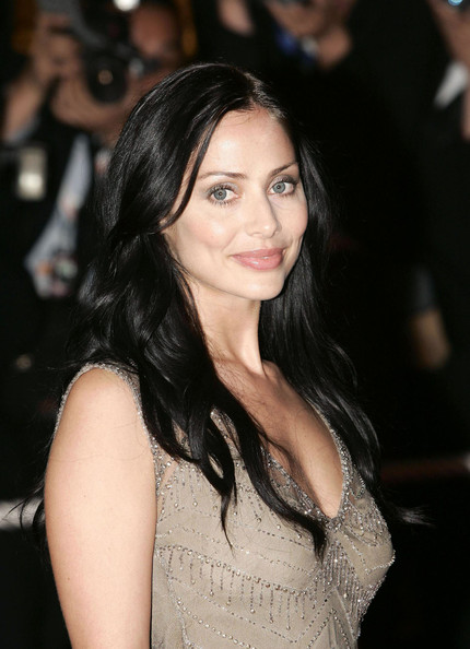 Natalie Imbruglia left her long hair down with natural waves for the premiere of 'Kill Bill 2.'