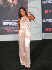 Regina King looked summery in a pale pink halter jumpsuit at the premiere of 'Bright.'