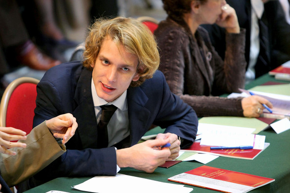 More Pics of Andrea Casiraghi Short Wavy Cut (1 of 7) - Andrea Casiraghi Lookbook - StyleBistro