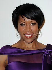 Regina King wore her short 'do super-sleek with side-swept bangs at the QVC Red Carpet Style event.
