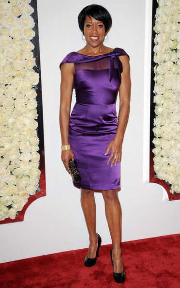 More Pics of Regina King Short Straight Cut (3 of 4) - Regina King Lookbook - StyleBistro