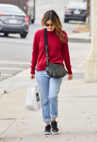More Pics of Rachel Bilson Leather Sneakers (5 of 9) - Athletic Shoes Lookbook - StyleBistro []