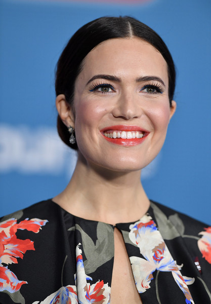 Mandy Moore looked demure wearing this center-parted chignon at the premiere of 'Ralph Breaks the Internet.'