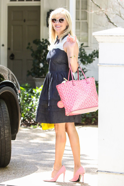 Reese Witherspoon Oversized Tote []