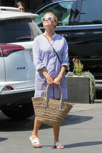 Reese Witherspoon Straw Tote []