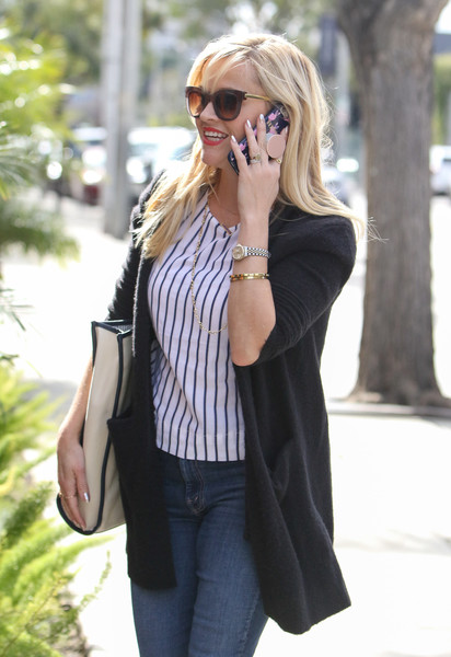 More Pics of Reese Witherspoon Printed Shoulder Bag (1 of 16) - Shoulder Bags Lookbook - StyleBistro []