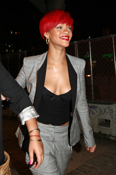 Rihanna+Short+Straight+Cut Rihanna showed off her newest hairstyle while out