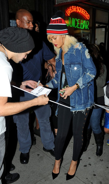 More Pics of Rihanna Pompom Beanie (1 of 9) - Pompom Beanie Lookbook - StyleBistro
