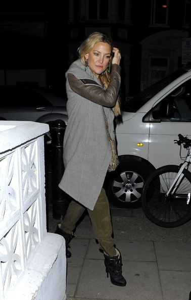 More Pics of Kate Hudson Wool Coat (1 of 3) - Outerwear Lookbook - StyleBistro []