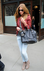Rosie Huntington-Whiteley stayed loyal to Burberry, carrying the brand's black leather tote in NYC.
