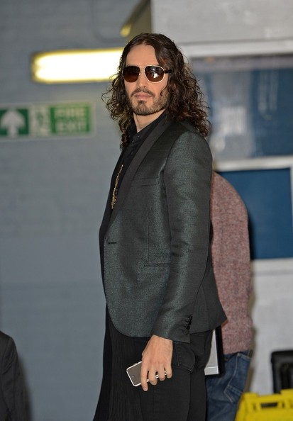 More Pics of Russell Brand Aviator Sunglasses (1 of 12) - Classic Sunglasses Lookbook - StyleBistro