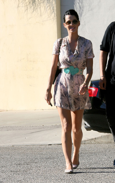 More Pics of Katy Perry Leather Belt (2 of 4) - Katy Perry Lookbook - StyleBistro []