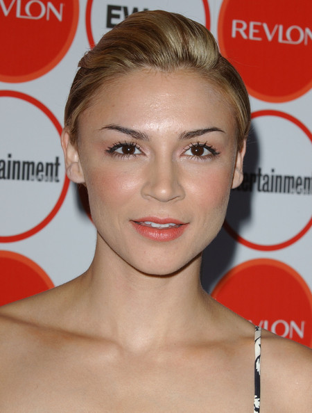 Samaire Armstrong Fauxhawk []