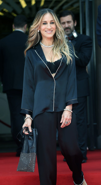 More Pics of Sarah Jessica Parker Beaded Purse (1 of 14) - Sarah Jessica Parker Lookbook - StyleBistro