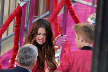 Selena Gomez Justin Bieber Celebs at the 'Katy Perry: Part of Me' Premiere