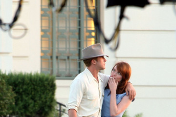 Ryan Gosling Emma Stone Ryan Gosling and Emma Stone on Set