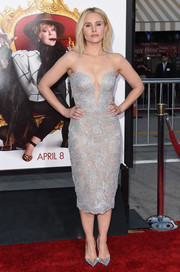 Kristen Bell donned a swoon-worthy silver strapless dress by Reem Acra for the Los Angeles premiere of 'The Boss.'