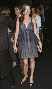 Stephanie Seymour completed her lovely ensemble with a pair of black satin evening sandals.