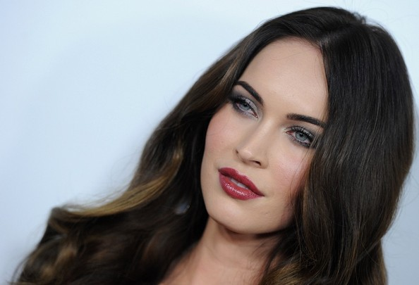 More Pics of Megan Fox Long Wavy Cut (7 of 36) - Long Wavy Cut Lookbook - StyleBistro