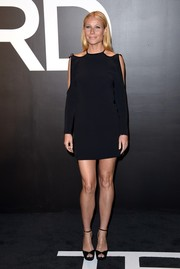 Gwyneth Paltrow chose a pair of black platform peep-toes to team with her dress.