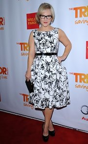 Rachael looked holiday-chic in this black-and-white print dress at on the Trevor Live red carpet.