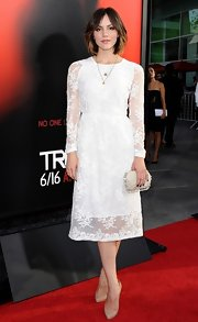 Katharine McPhee looked oh-so pretty in a white lace frock at the 'True Blood' season 6 premiere.