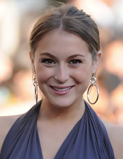 Alexa Vega wore a pair of over-sized dangling hoop earrings to the Twilight Saga premiere.