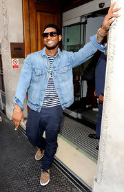 Usher was spotted at the BBC Studios in this classic denim jacket and leopard slip-ons.