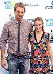 Dax Shepard kept it laid-back at the Do Something Awards with a patterned button-down and washed-out jeans.