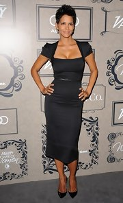 Halle looked spectacular in this square-neck LBD at the Power of Women event.