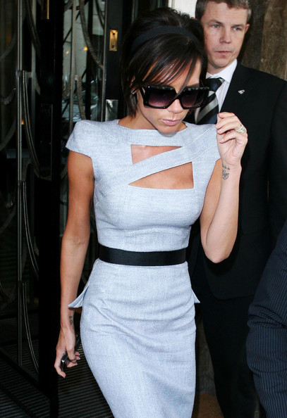 More Pics of Victoria Beckham Square Sunglasses (1 of 2) - Square Sunglasses Lookbook - StyleBistro