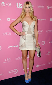 Beth Behrs wasn't afraid to show some skin at the Hot Hollywood party in this strapless mini.