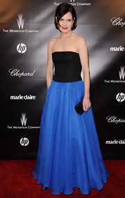 Elizabeth McGovern looked beguiling at the 2012 Golden Globes party in a two-tone strapless gown.