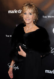 Jane Fonda wore a pair of 7-carat cushion-cut diamond drop earrings at the 69th Annual Golden Globe Awards.