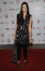 Lisa Ling looked all set to partake in a lovely breakfast from Women in Entertainment. We are positively in love with her cheery print shirtdress.