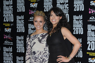 Hayden Panettiere Michelle Rodriguez World Music Awards 2010