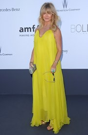 Goldie Hawn looked summery and bright at the amFAR Gala in Cannes where she wore this yellow flowing gown.