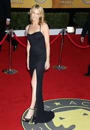 Robin Wright Penn sizzled at the SAG Awards in black satin stilettos with delicate ankle straps.